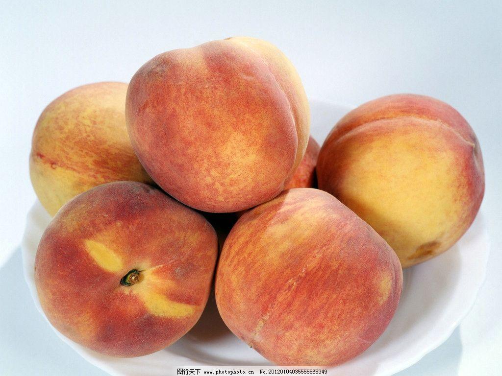 桃子图片 桃子 水果      素材 盘子 餐具 生物世界 摄影 72dpi jpg