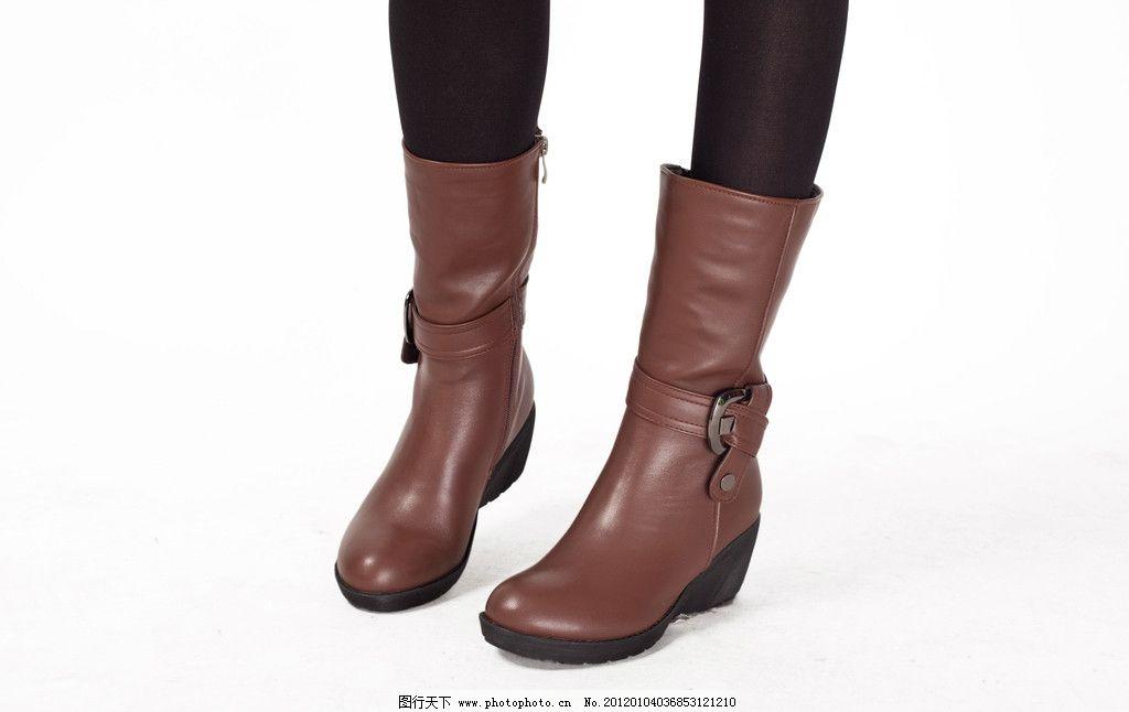 女鞋模特图片,鞋子模特 靴子 女靴 雪地靴 中筒 外景