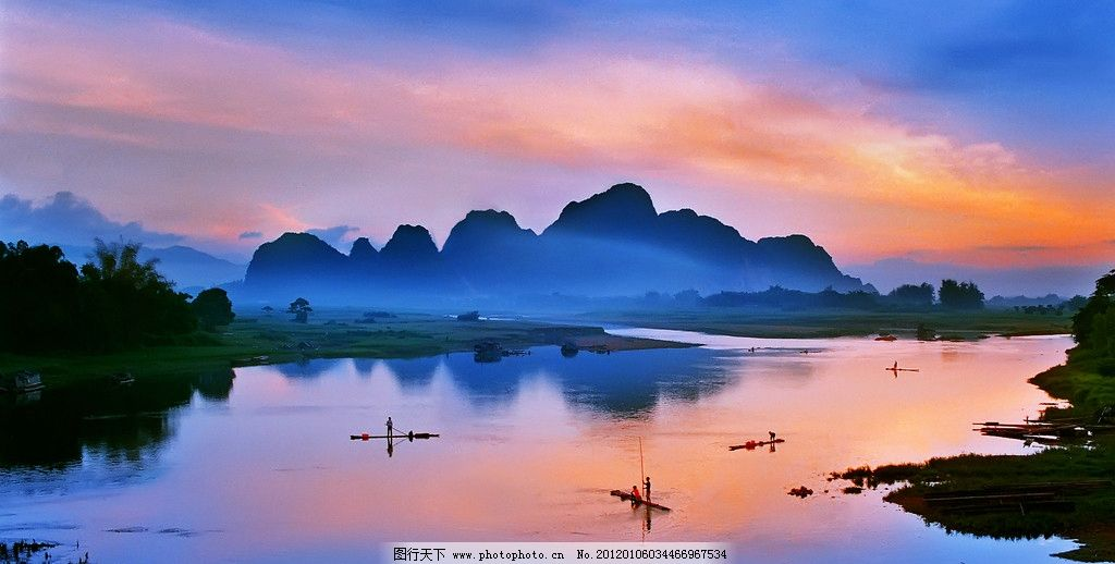帆船 一帆风顺 渔船 海边 海滩 岸边 船队 红云蔽日 红云 海天 日出