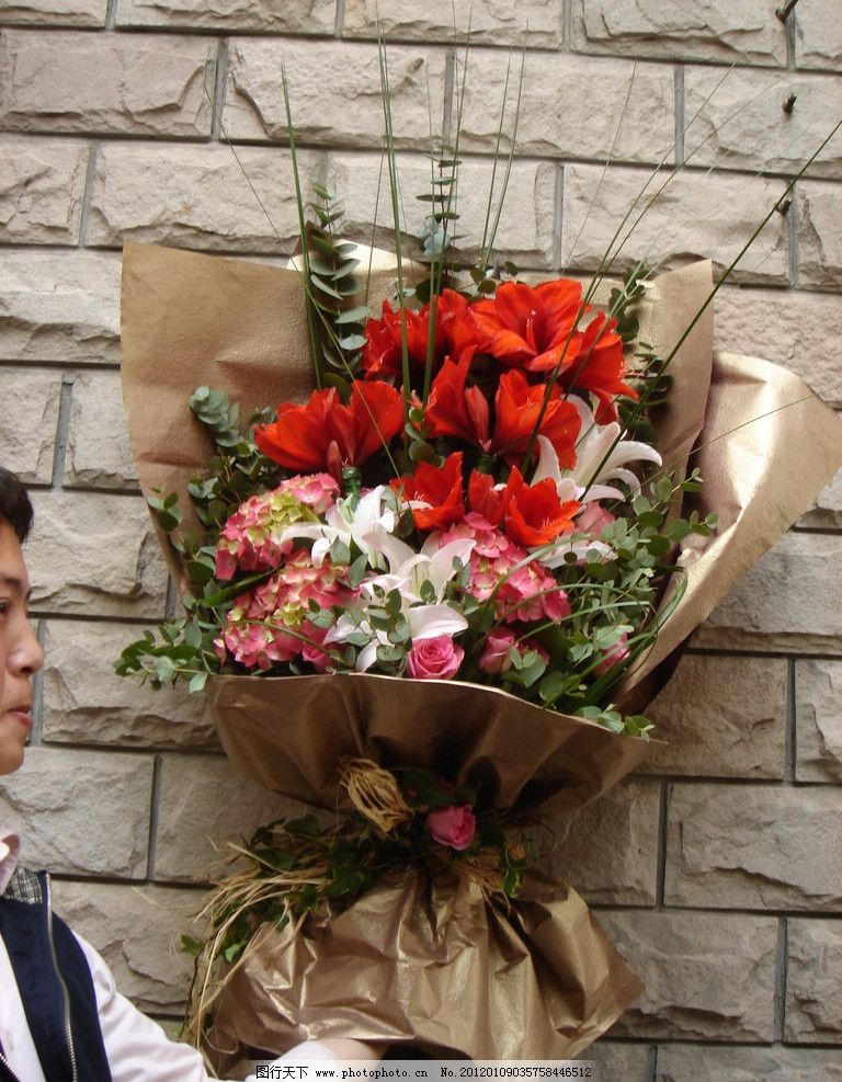 情人节花束鲜花玫瑰百合