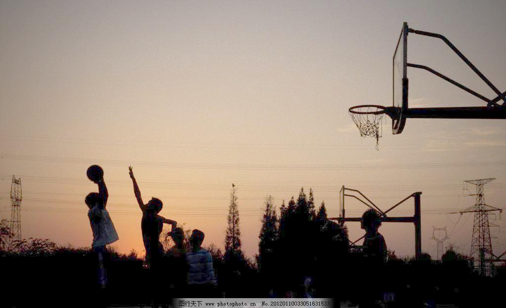 qq头像夕阳背影男生篮球