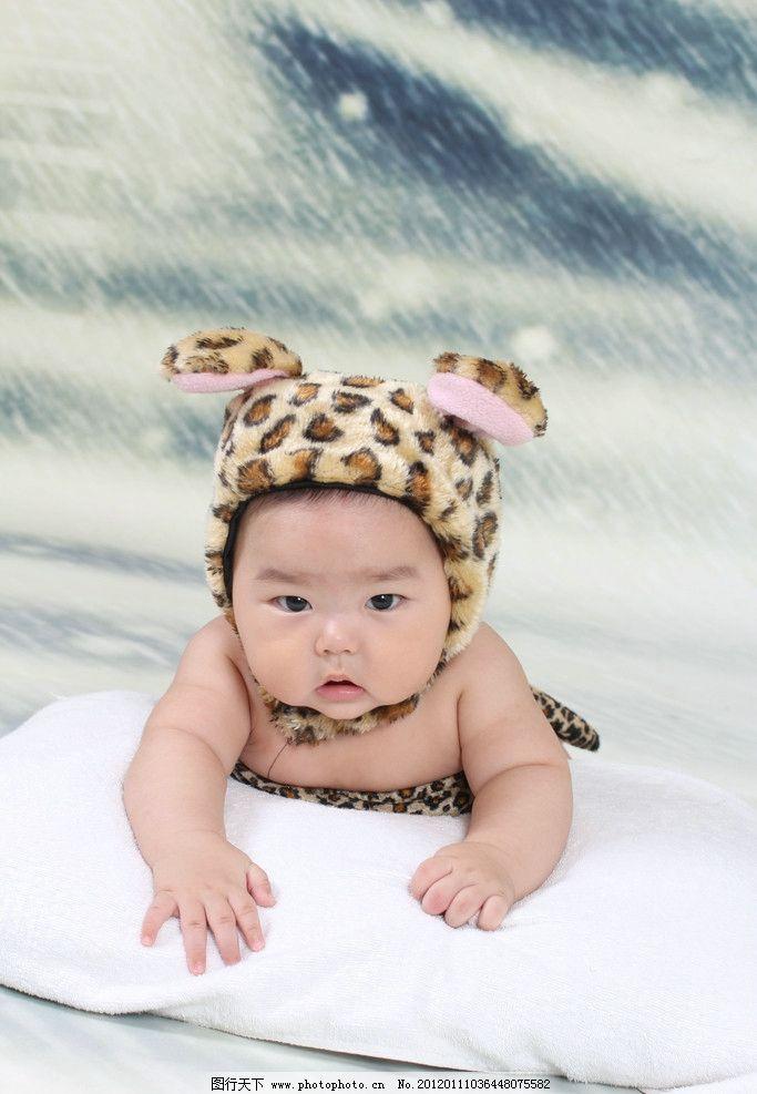宝宝照 宝宝百天照 婴儿 宝贝 艺术照 幼儿 漂亮 男孩 笑脸图片