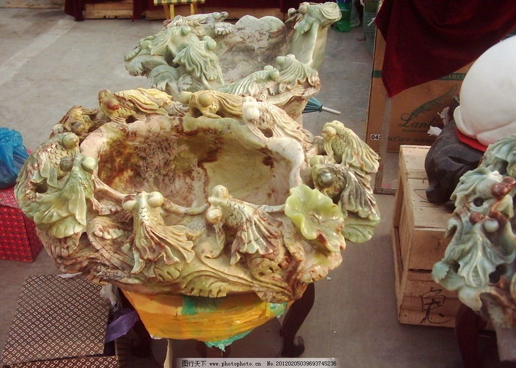 金鱼平面雕刻图片