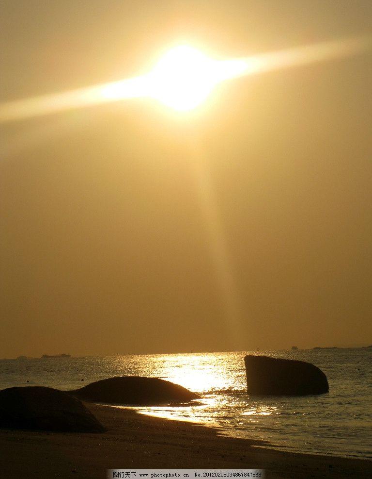 海边日出 海边 清晨 日出 阳光 自然风景 自然景观 摄影 180dpi jpg
