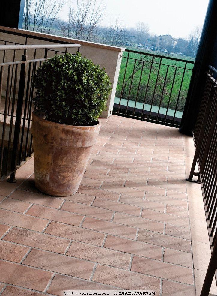 摄影图库 建筑园林 室内摄影  阳台空间 户外阳台 仿古砖 磁砖 花园