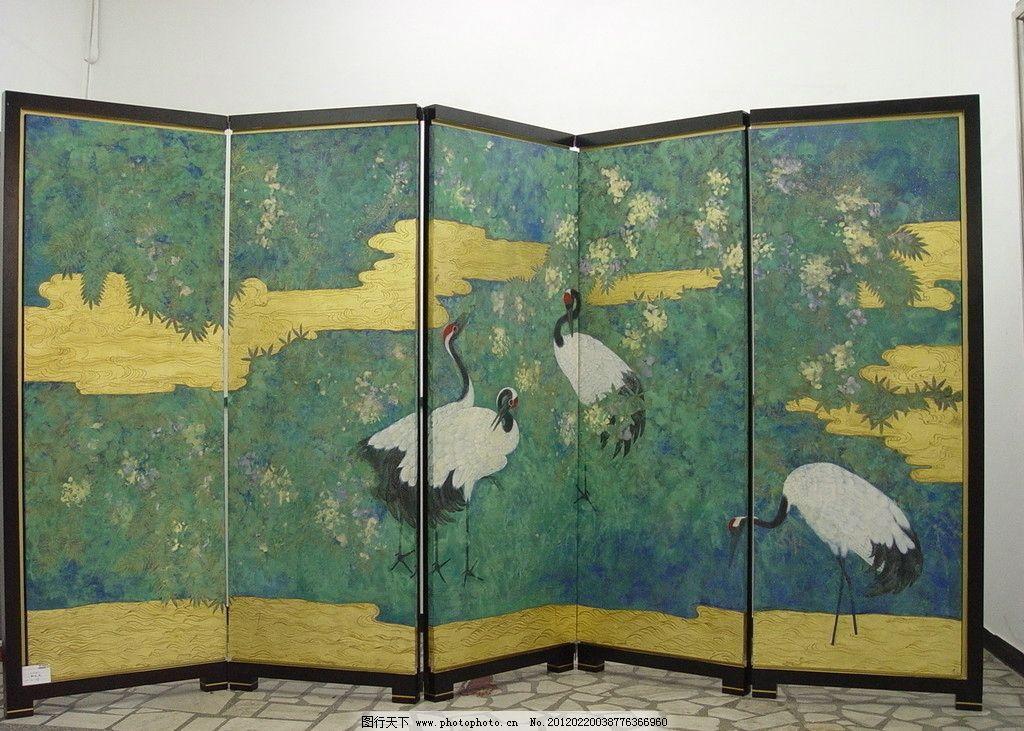 国画屏风 仙鹤 背景 白鹤 彩云 艺术 展览 展厅 美术绘画 摄影