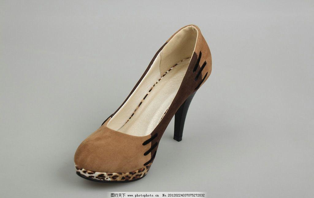 高跟鞋 鞋子 女鞋 时尚鞋 细跟高跟单鞋 豹纹磨砂绒面 拼色 防水台