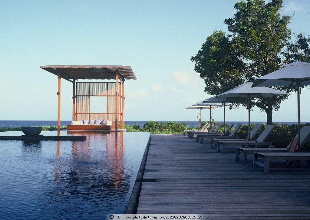 海边休闲会所 海边 休闲 会所 木地板 沙滩椅 无边泳池 观景台 床