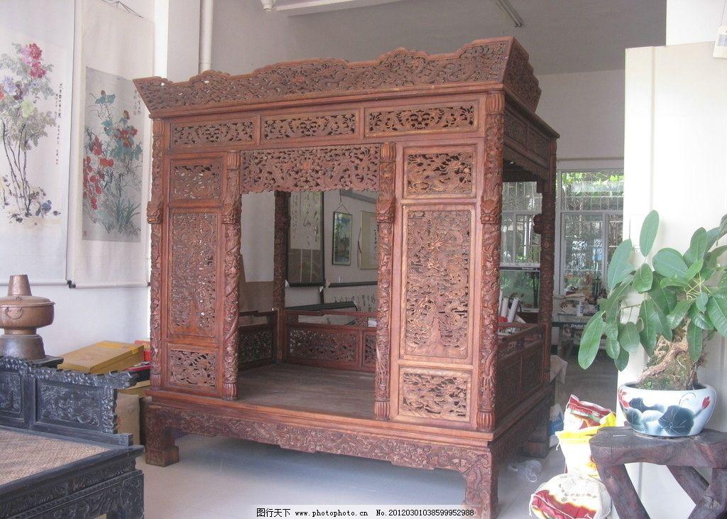 木雕床图片