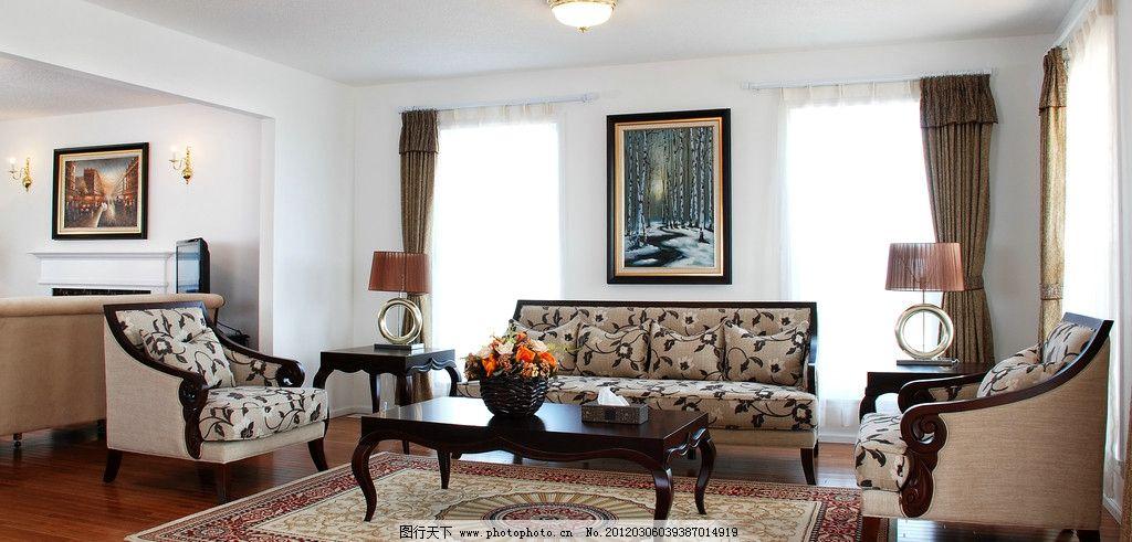 宽敞大方 欧式会客厅      会客厅 壁炉 沙发 欧式沙发 木家具 茶几