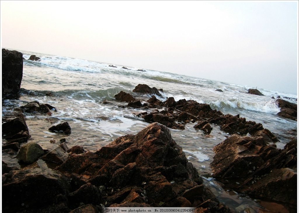 轻浪岩石 青岛 金沙滩 冬季清晨 石头 自然风景 旅游摄影 摄影 180dpi