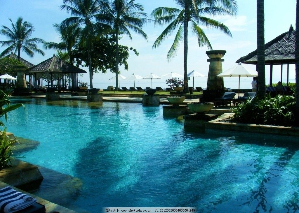 巴厘岛港丽酒店游泳池图片