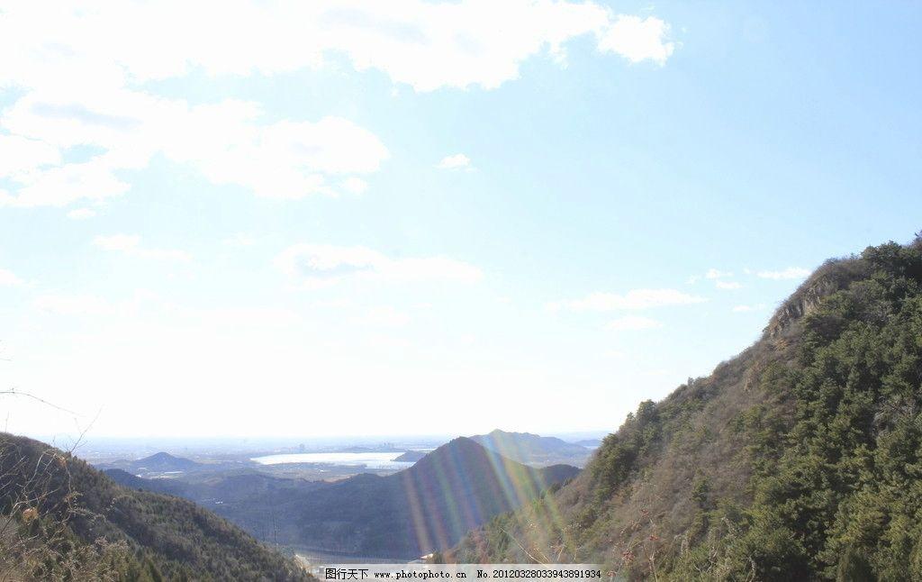 高山 山 水库 绿树 树木 山峰 蓝天 阳光 白云 霞光 国内旅游 旅游