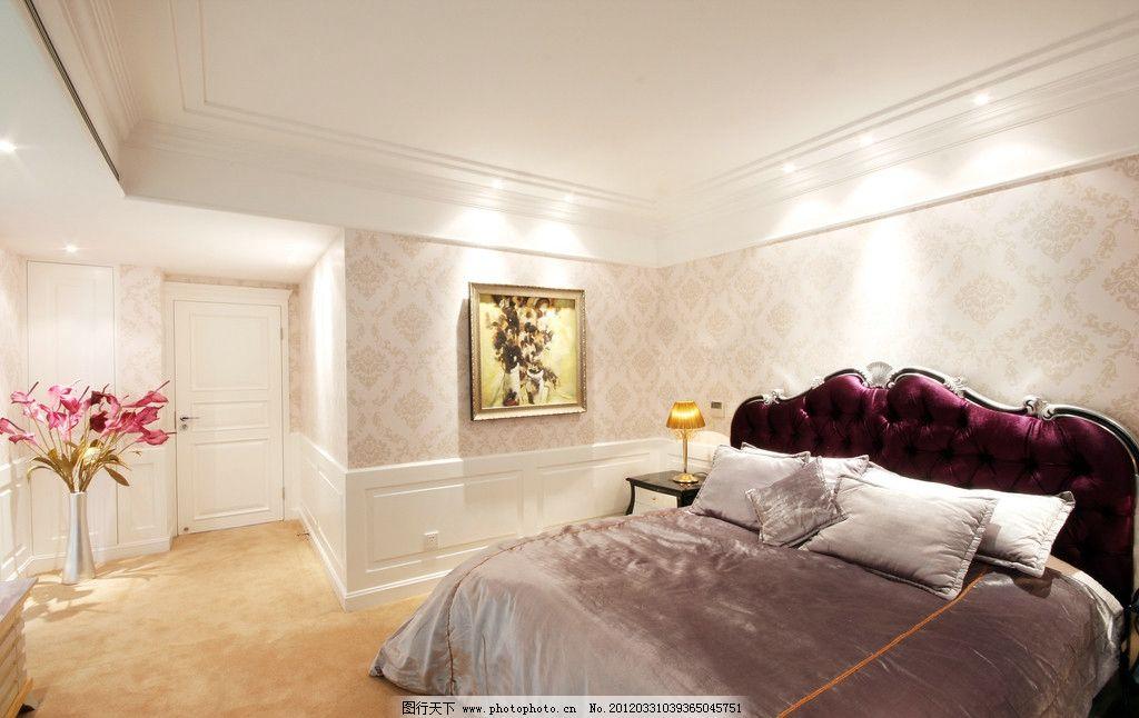 别墅豪宅卧室 欧式床 装饰画